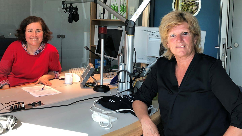 Claudia Neumann Frauen Konnen Fussball Kommentieren Swr2