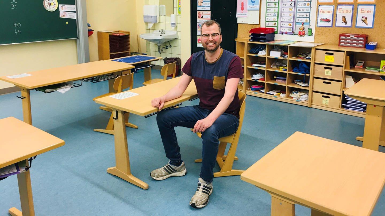 Autor Till Kohlwes kehrt nach 20 Jahren wieder zurück in seine Dorfschule