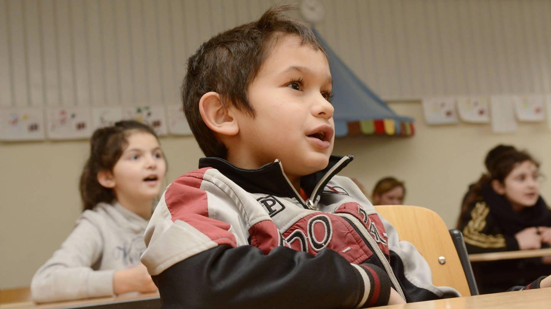 Kinder mit Migrationshintergrund in einer Grundschule