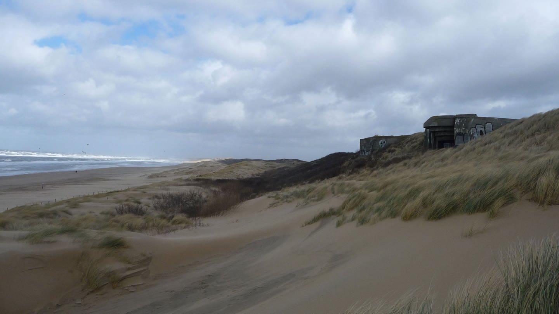 Die Bunker des Atlantikwall am Strand von Scheveningen.