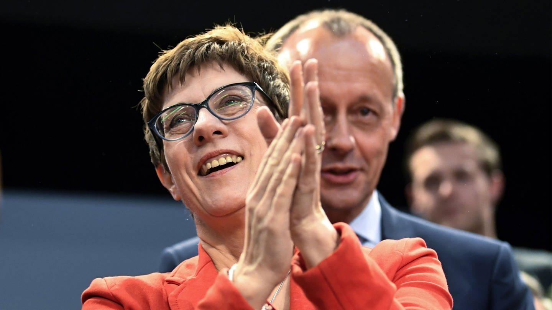 CDU-Chefin Annegret Kramp-Karrenbauer und Friedrich Merz (Foto: picture-alliance / Reportdienste, picture alliance/Foto: Ina Fassbender/dpa)