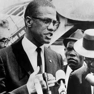 Malcolm X bei einem Interview (Foto: Imago, imago images / United Archives International)
