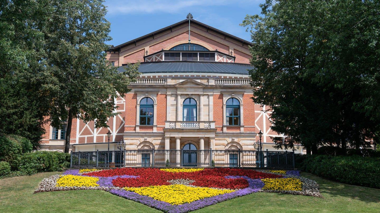 Vorfreude und Hitzewelle: Zum Auftakt der Bayreuther Festspiele (Foto: SWR)