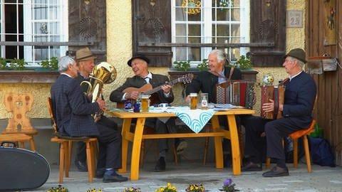 Musikerstammtisch (Foto: picture-alliance / Reportdienste, blickwinkel)