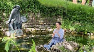 """Kunscht! bei den Proben zu Land-Sound-Art am Hohenkarpfen XXI - """"Improvisation"""" – Camille Aubry, Renaissance-Flöte (Foto: SWR)"""