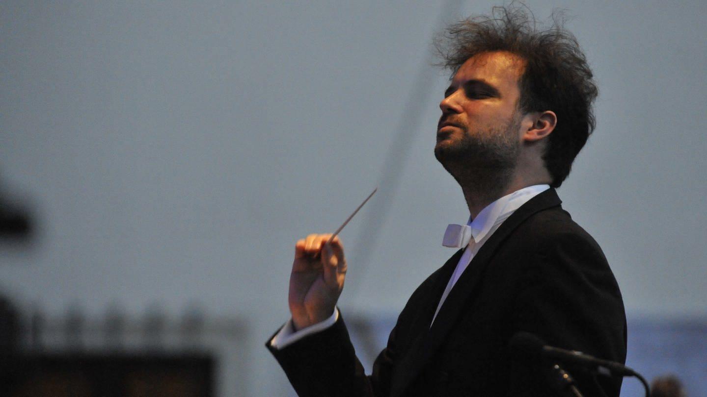 Der Dirigent Łukasz Borowicz (Foto: picture-alliance / Reportdienste, Igor Zehl/dpa)