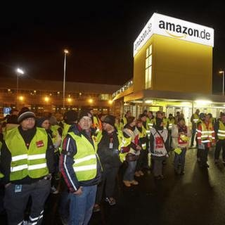 Streik vor dem Amazon-Logistikzentrum, Koblenz (Foto: SWR, picture alliance / imageBROKER - Thomas Frey)