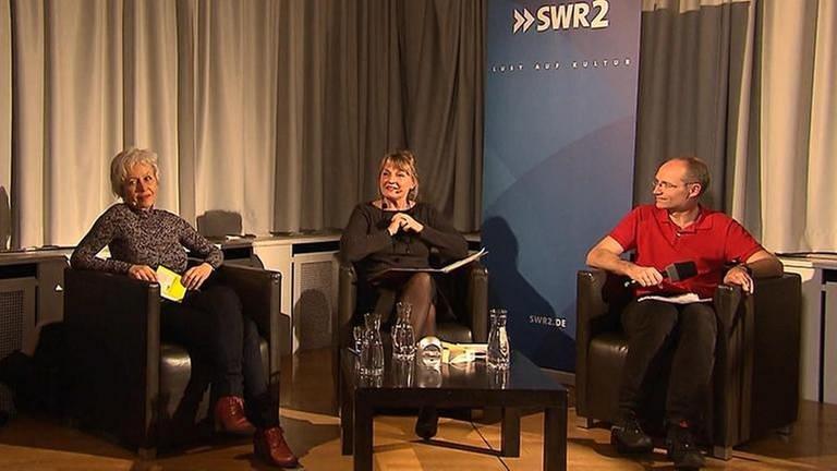 Ulrike Draesner und John von Düffel im Gespräch mit Anja Brockert am 6. April 2016 im Literaturhaus Stuttgart. Mit einem poetischen Kommentar von Timo Brunke.