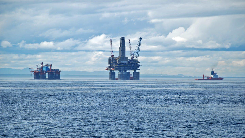 Erdgasförderung (Foto: picture-alliance / Reportdienste, (c) dpa - Report)