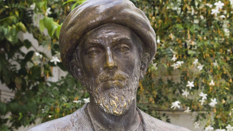 Statue des jüdischen Philosophen Moses Maimonides in Cordoba / Spanien
