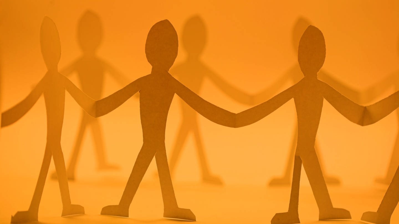 Solidarität und Zusammenhalt (Foto: Colourbox)