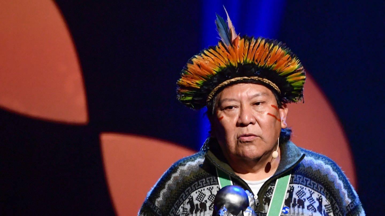 Davi Kopenawa, Schamane und geistiger Führer der Yanomami-Indigenen in Brasilien, erhielt im Dezember 2019 in Stockholm den Right Livelihood Award (Foto: Imago, imago images / TT)