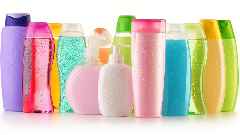 In Shampoos oder Sonnenmilch stecken Chemikalien, die wie Hormone wirken. Experten warnen, dass Krankheiten wie Diabetes, Fettleibigkeit, Brust- und Hodenkrebs, die mit einem gestörten Hormonsystem zu tun haben, zunehmen. (Foto: Imago, imago/Panthermedia)