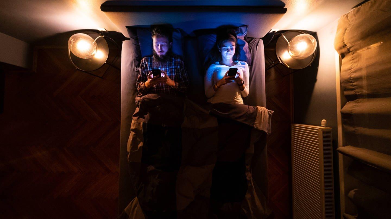 Smartphones begleiten uns täglich, manchmal sogar nachts