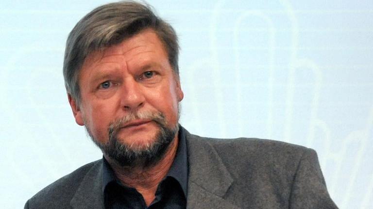 Klaus Schroeder
