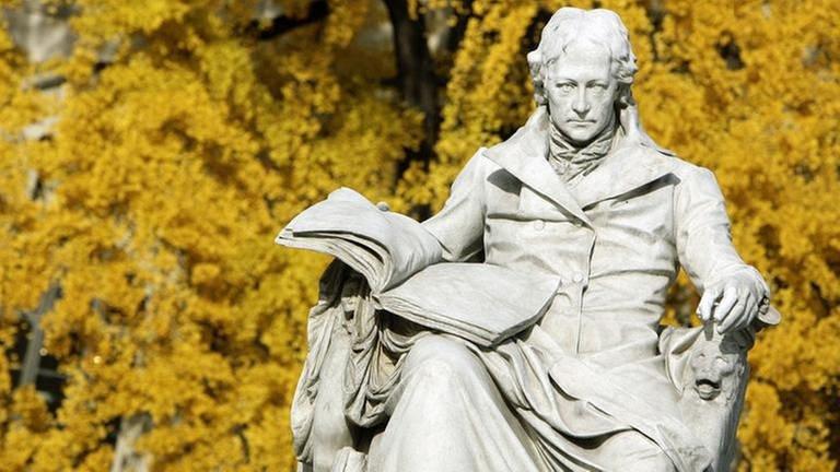 Denkmal Wilhelm von Humboldt in Berlin