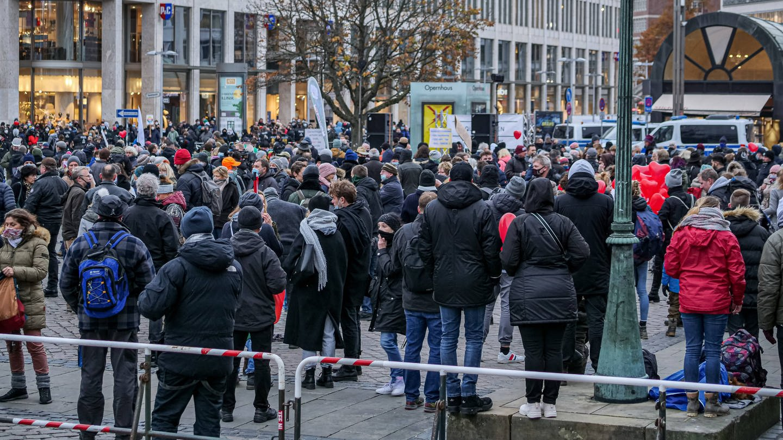 Querdenker-Proteste in Hannover (Foto: Imago, xBerndxGüntherx)