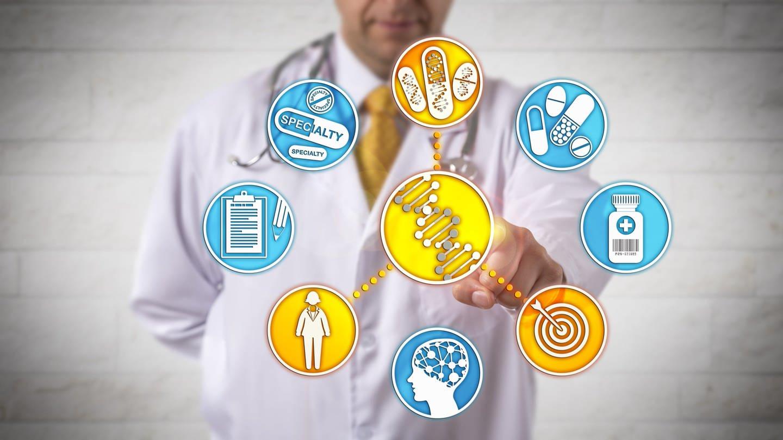 Nicht erkennbarer Arzt, der auf die Genomsequenz einer Patientin abzielt, um durch personalisierte Behandlung eine bessere Gesundheitsversorgung zu gewährleisten (Grafik) (Foto: Imago, imago images/leowolfert)