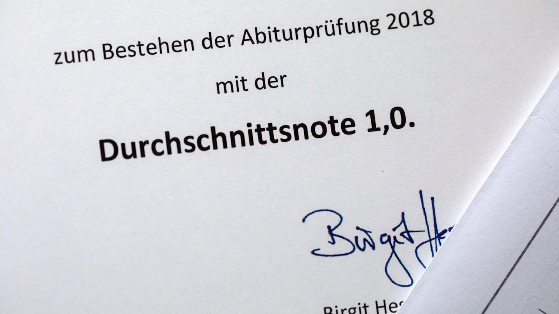 Inflation der Abiturnoten? (Foto: picture-alliance / Reportdienste, Jens Büttner)