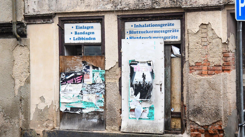 Zeitz im Süden von Sachsen-Anhalt. Menschen in Ostdeutschland fühlen sich abgehängt und diskriminiert und haben Angst vor der Globalisierung. (Foto: Imago, imago images / Winfried Rothermel)