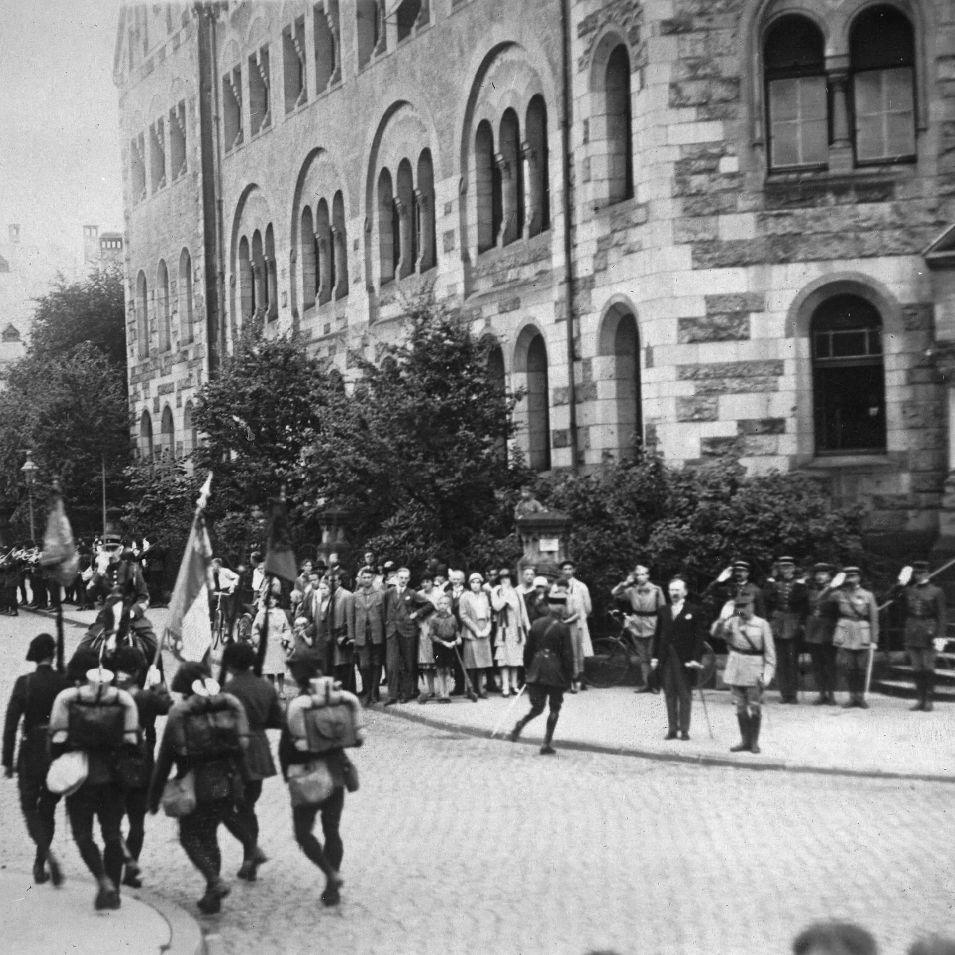 Das Ende der Rheinlandbesetzung 1930 – Rundfunk live!