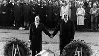 Helmut Kohl Und Sein Treffen Mit Mitterand In Verdun Swr2
