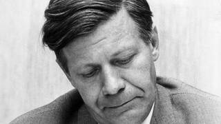 Helmut Schmidt 1969 in Düsseldorf (Foto: picture-alliance / Reportdienste, picture-alliance / dpa | Bertram)