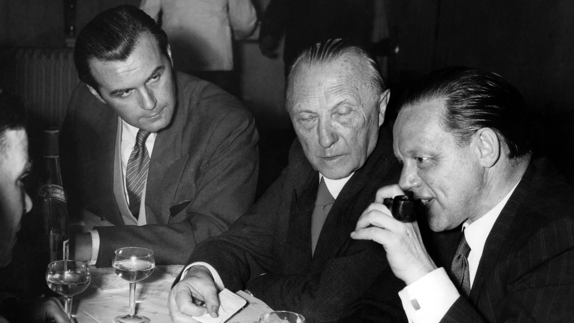 Adenauer kritisiert Rundfunk