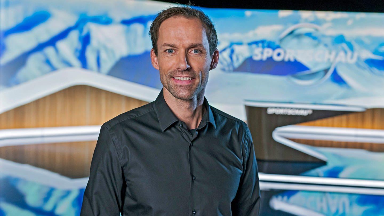 Sven Hannawald im Sportschau-Studio (Foto: ard-foto s1, SWR, Bild: WDR/Ben Knabe)