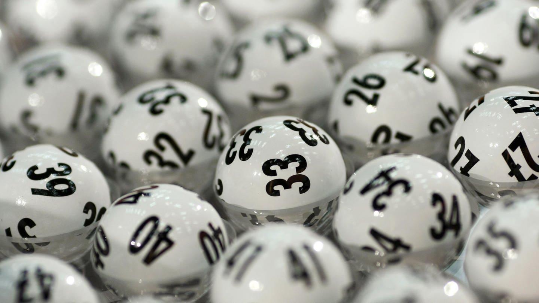 Lotto-Kugeln - Lotto Rheinland-Pfalz legt seine Bilanz für 2018 vor (Foto: dpa Bildfunk, Picture Alliance)