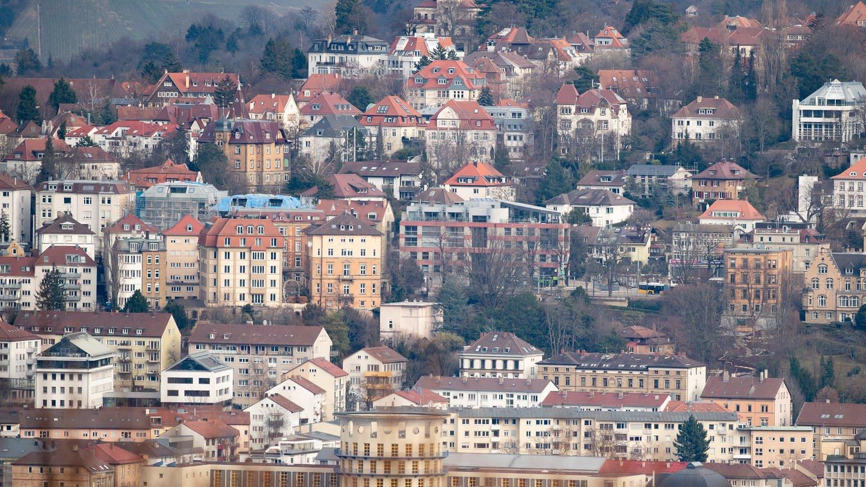 Häuser in Stuttgart (Foto: dpa Bildfunk, picture alliance/Fabian Sommer/dpa)