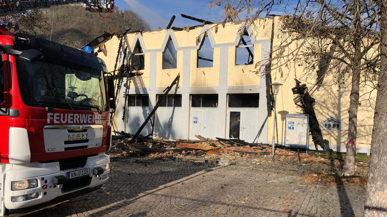 Die Scheffelhalle in Singen ist abgebrannt (Foto: SWR, Martin Hattenberger)