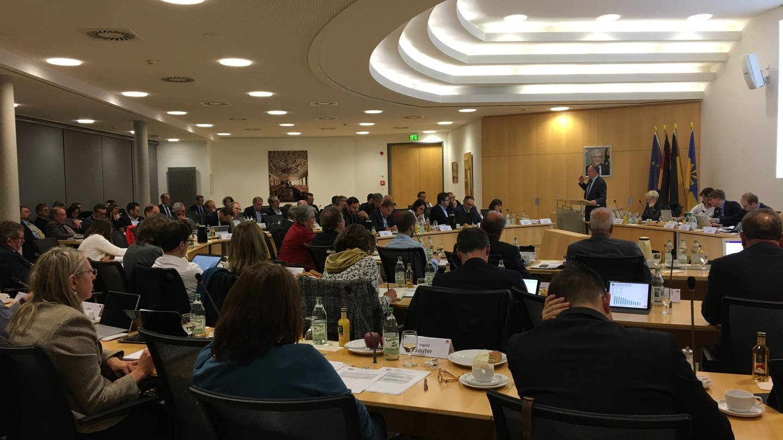 Der Kreistag Bodenseekreis bei seiner Sitzung am 22.11.2019. (Foto: SWR)
