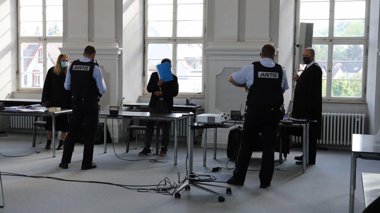 Der Mann aus Gerabronn steht wegen Mordes vor dem Ellwanger Landgericht (Foto: SWR)