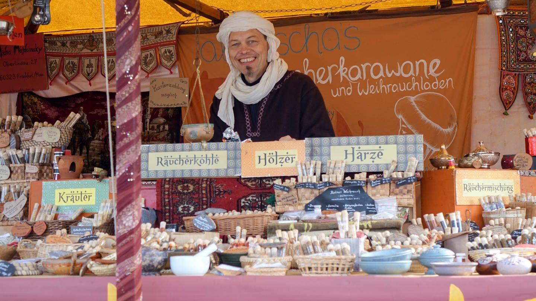 Ein Marktstand auf der Heilbronner Herbstmesse 2021