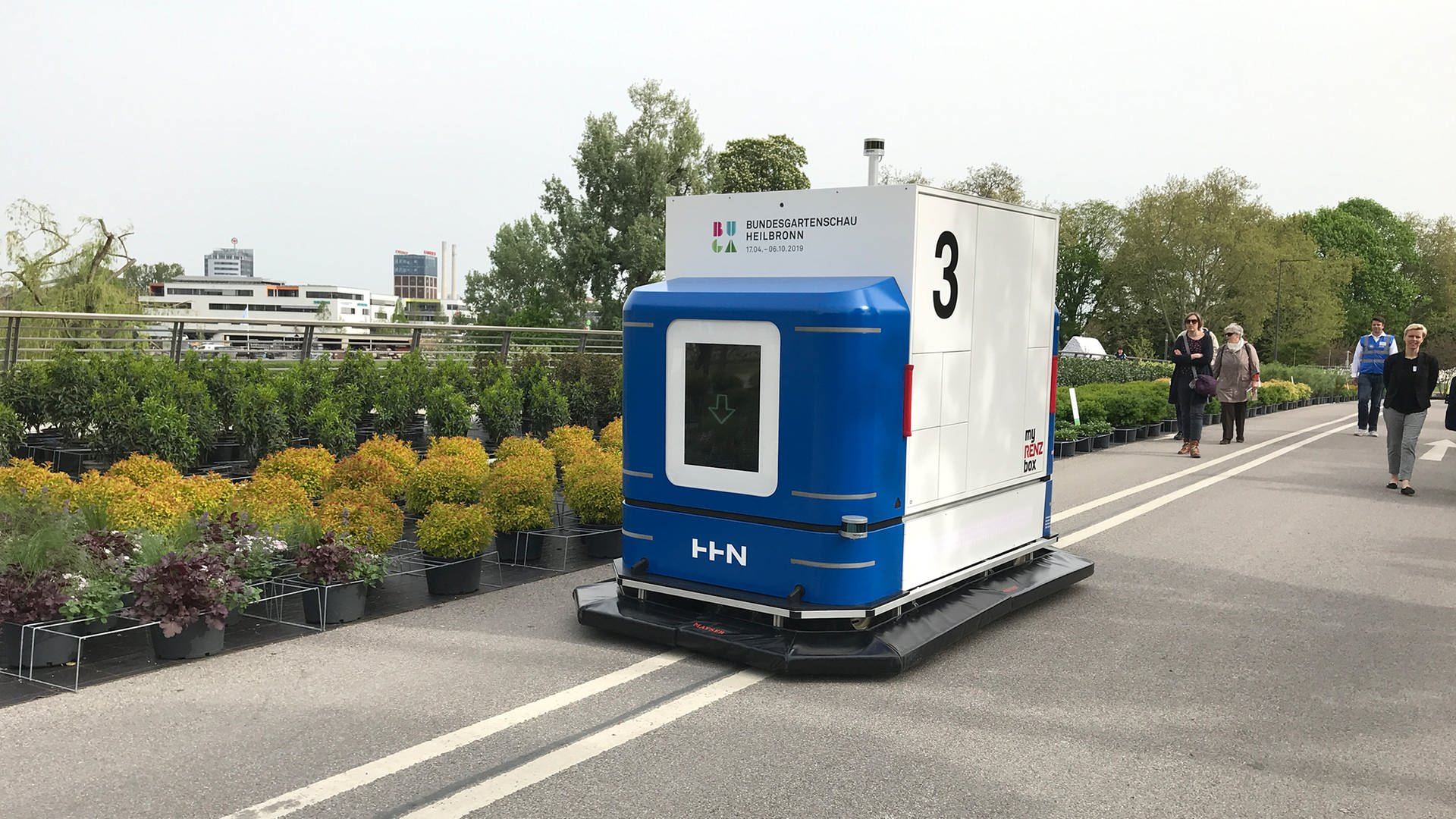 Autonomer Transporter Modellprojekt für automatischen Warentransport auf der Buga in Heilbronn Buga:Log
