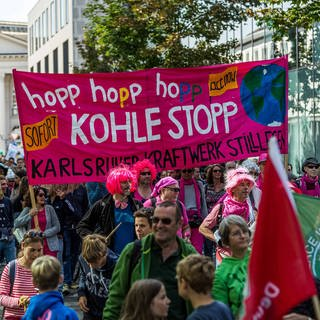Teilnehmer einer Fridays-for-Future Demonstration in Karlsruhe (Foto: Imago, ZUMA Press / imago images )