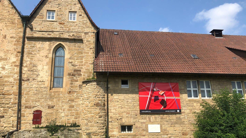 Installation von Jochen Steinmetz auf dem Amtshof in Oberderdingen