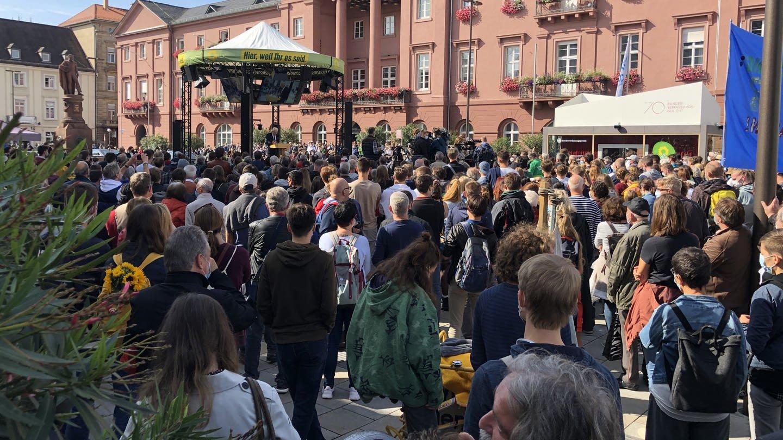 Großes Interesse am Bundestagswahlkampf in Karlsruhe