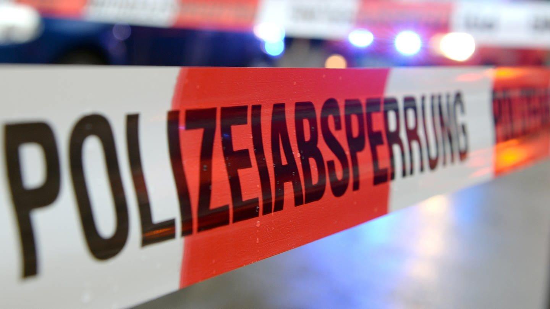 31-Jähriger mit Messer getötet (Foto: picture-alliance / Reportdienste, picture alliance/Patrick Seeger/dpa)