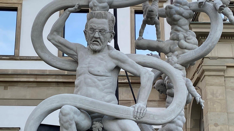 Lenk S21 Denkmal, Skulptur mit Kretschmann