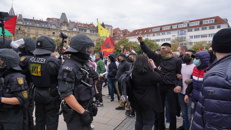 Tumultartige Szenen bei pro-palästinensischer Kundgebung in Stuttgart