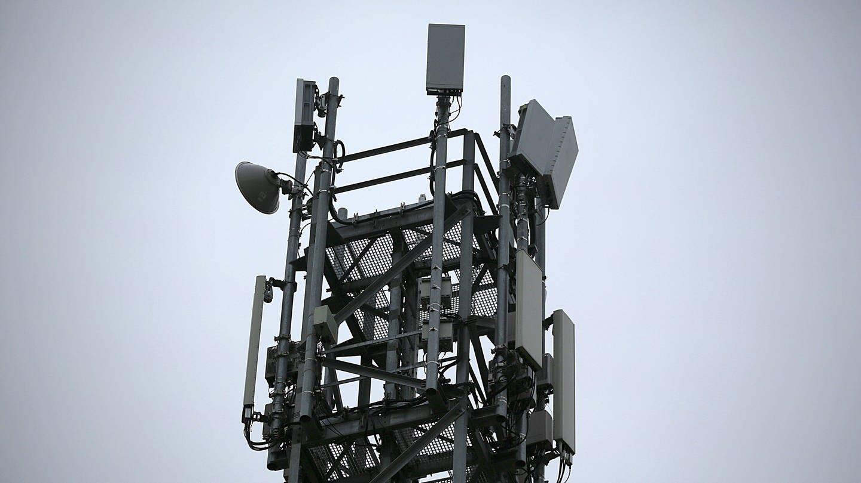 5G-Antenne (Foto: dpa Bildfunk, picture alliance/Oliver Berg/dpa)