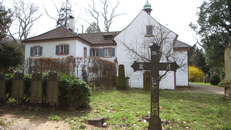 Ehemaliges Pfarrhaus auf dem Alten Friedhof (Foto: SWR)