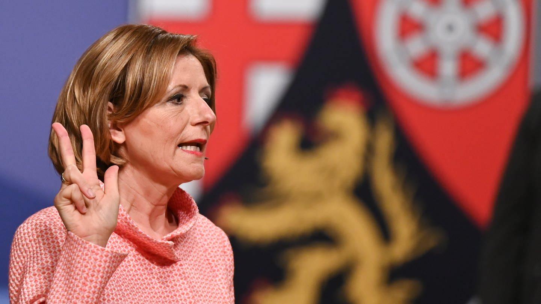 Malu Dreyer (SPD) ist vom Landtag mit 55 Stimmen zum dritten Mal zur Ministerpräsidentin von Rheinland-Pfalz gewählt worden.