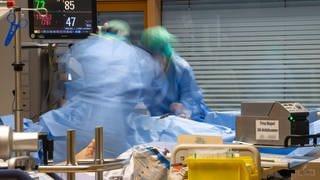 Intensivstation mit Corona-Patient (Foto: Imago, imago)