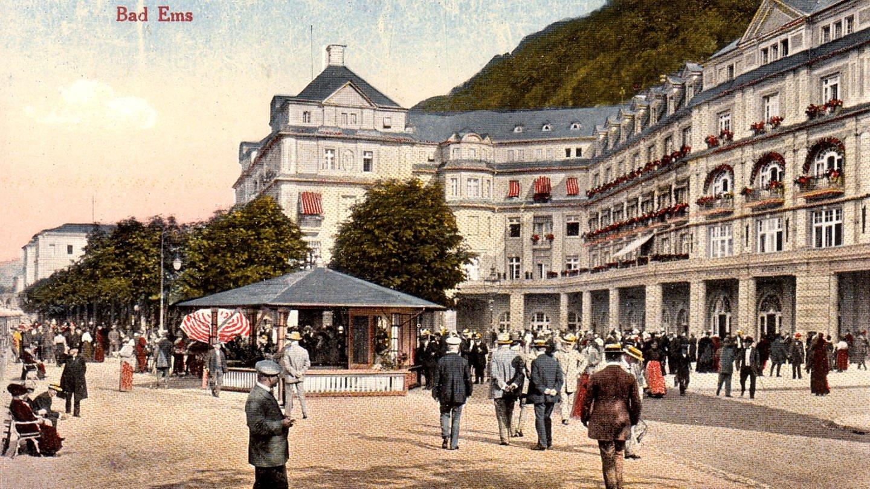 Postkartenansicht des Kurhauses und der Promenade in Bad Ems 1913 (Foto: Stadtarchiv Bad Ems)