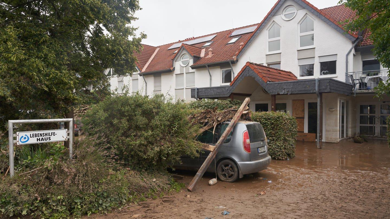 Das Haus der Lebenshilfe in Sinzig am Tag nach der Katastrophe