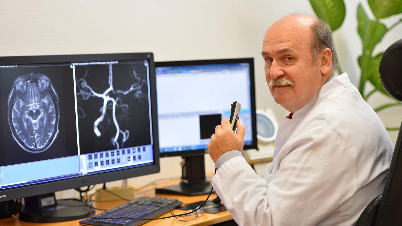 Der Ärztliche Direktor des Klinikums Ludwigshafen Prof. Günter Layer (Foto: Klinikum Ludwigshafen)