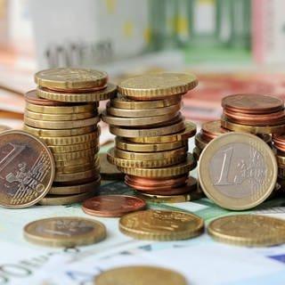 Gestapelte Münzen (Archivbild) (Foto: dpa Bildfunk, Picture Alliance)